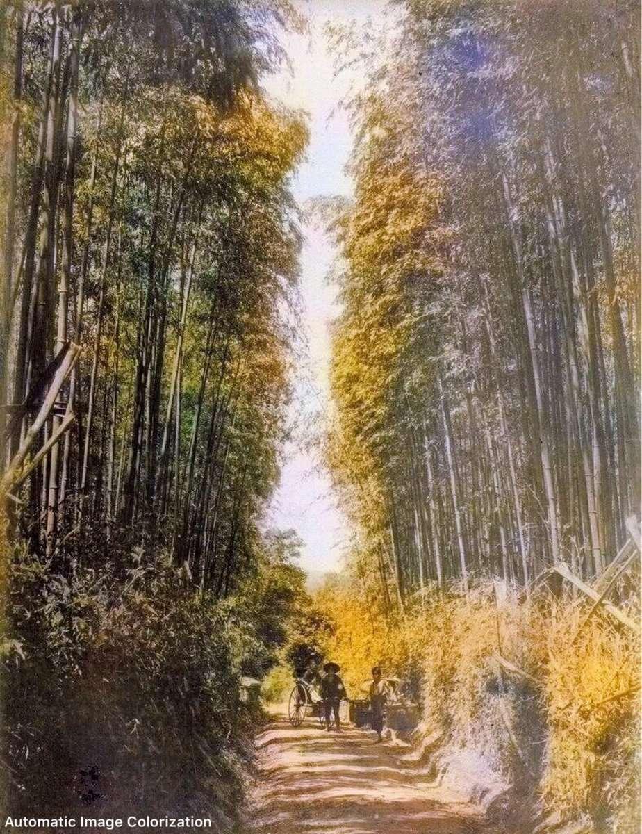 京都・五条坂。おそらく最も古い写真(1875年)