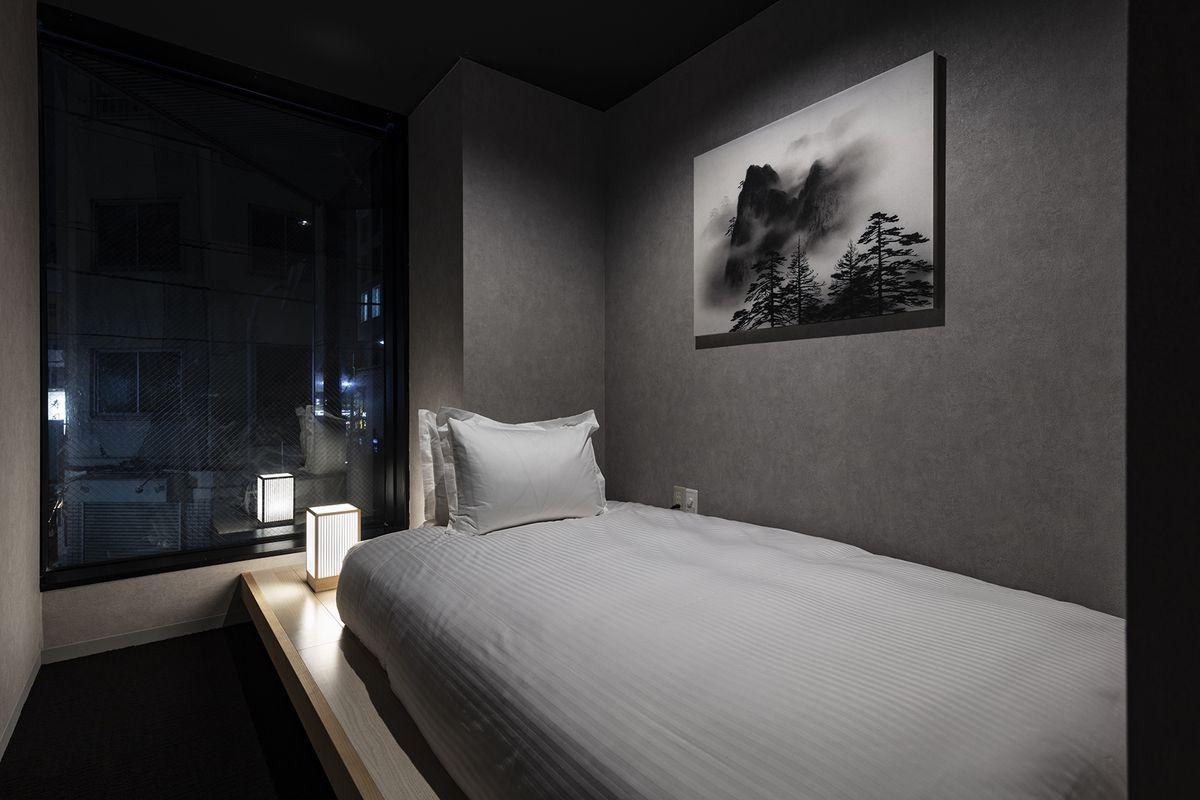 「ホテル・ゼン・トーキョー」広めの客室