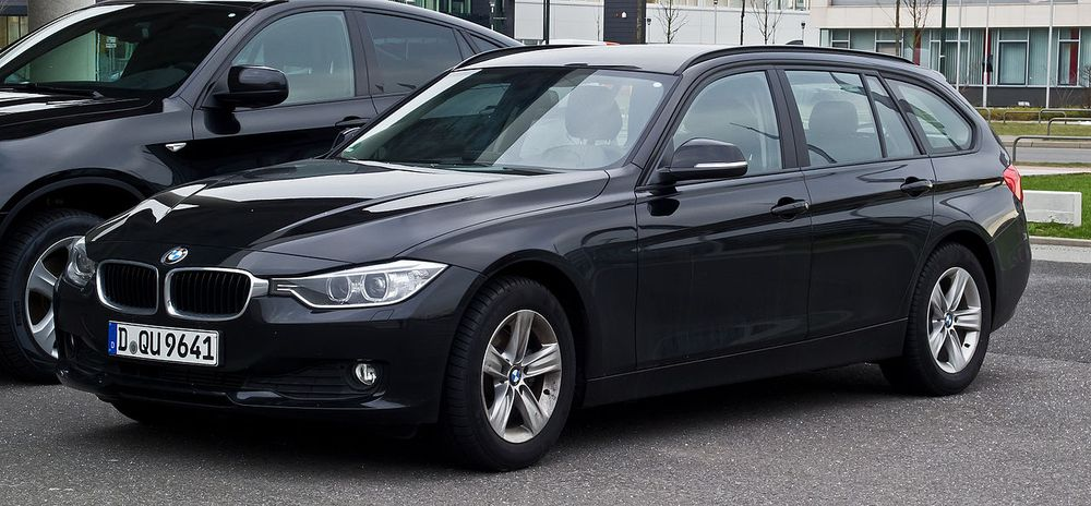 BMW・3シリーズ(320d)