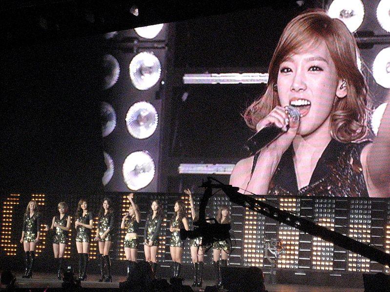 アメリカ・ニューヨークでコンサートする少女時代(Girls' Generation SNSD)