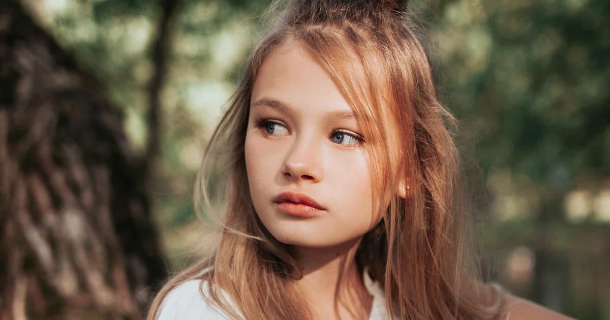 可愛い外国の美少女