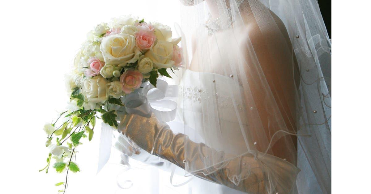ウェディングドレス(結婚)