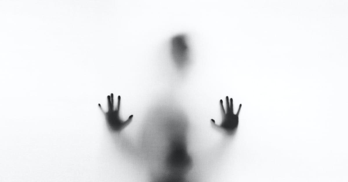人の影、ホラー