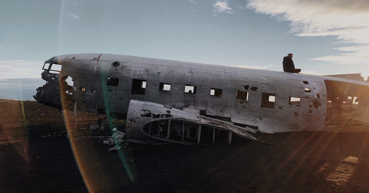 アイスランドに墜落したダグラスDC-3